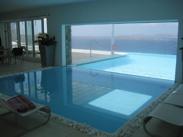 Ideas y consejos para piscinas blog de 3presupuestos for Beautiful houses inside and outside