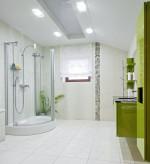 Baño con mueble suspendido verde pistacho