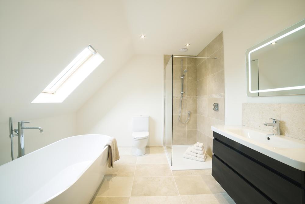 Baños Blancos Minimalistas: Ideas para baños en blanco   pamesa ...