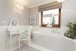 Baño vintage con tocador