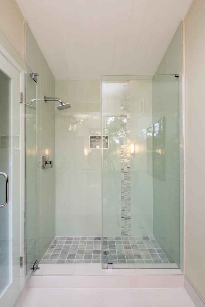Baños Beige Con Blanco:Ducha Con Bano Pequeno