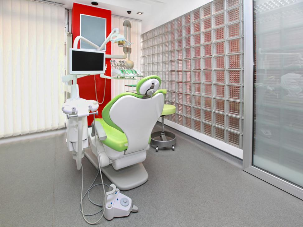 Cl nica dental con pav s y sill n pistacho fotos para que - Paves abatible ...