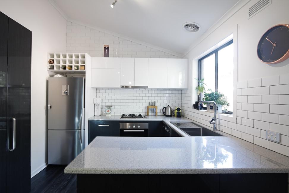 Cocina cl sico moderna blanco y negro fotos para que te for Cocinas industriales siglo