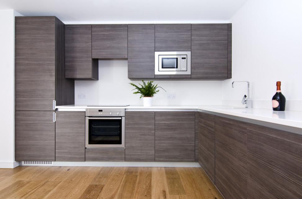 Cocina minimalista con muebles de madera gris ceniza. Fotos para que ...
