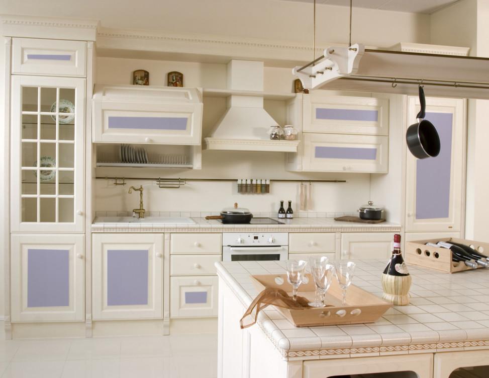 Cocina vintage en blancos y azules fotos para que te - Cocinas blancas rusticas ...