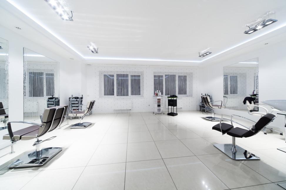 Peluquer a moderna blanca fotos para que te inspires for Disenos de espejos para peluqueria