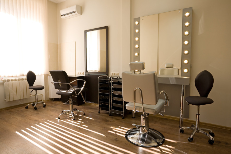 Peluquer a vintage con espejo tipo camerino fotos para for Iluminacion para peluquerias