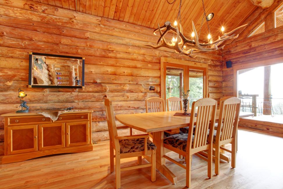 Comedor r stico todo en madera fotos para que te inspires for Cortinas comedor rustico