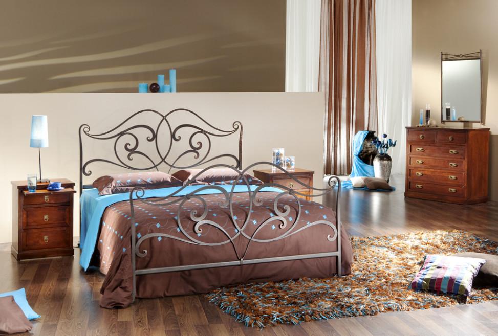 Dormitorio con cama de hierro forjado fotos para que te for Cabecero hierro forjado