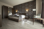 Dormitorio moderno con estampado