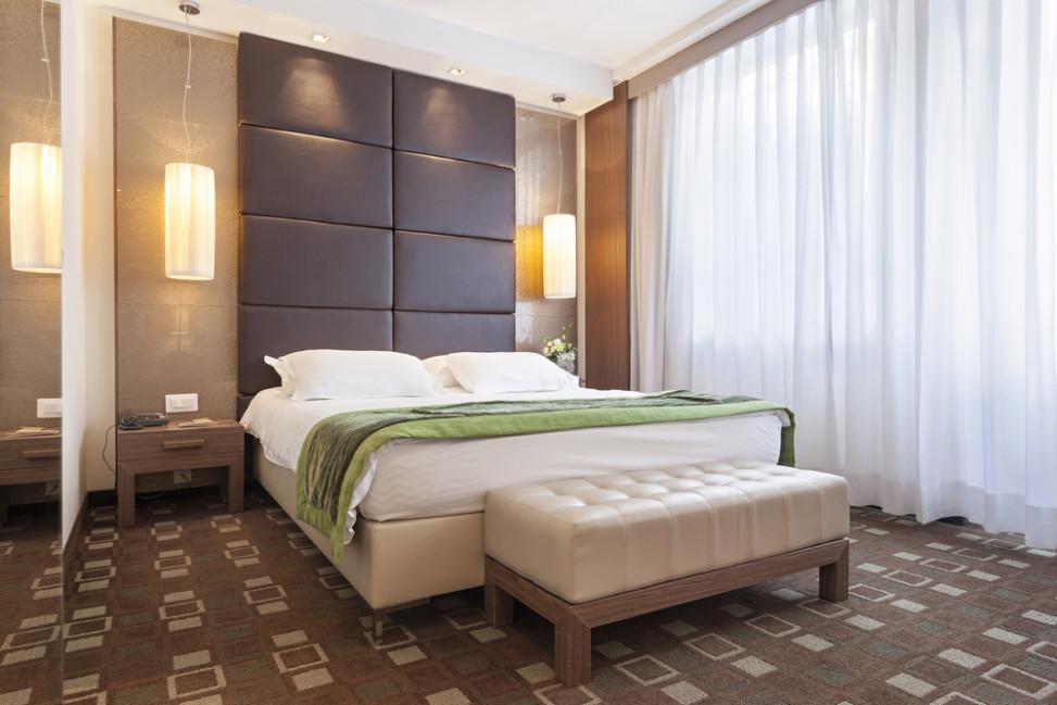 Dormitorio moderno con moqueta estampada fotos para que - Iluminacion dormitorio moderno ...