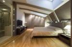 Dormitorio moderno en buhardilla