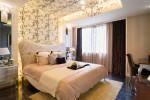 Dormitorio vintage de tonos rosas