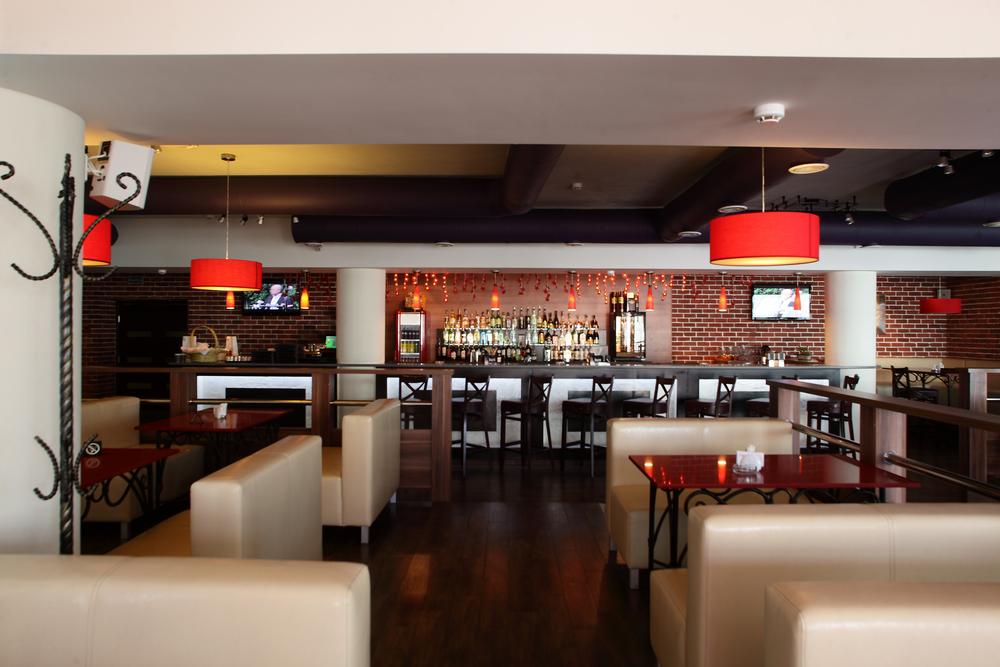 Restaurante moderno con ladrillo visto fotos para que te - Decoracion bares modernos ...