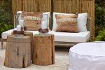 Terraza rústica en tonos marrón y blanco