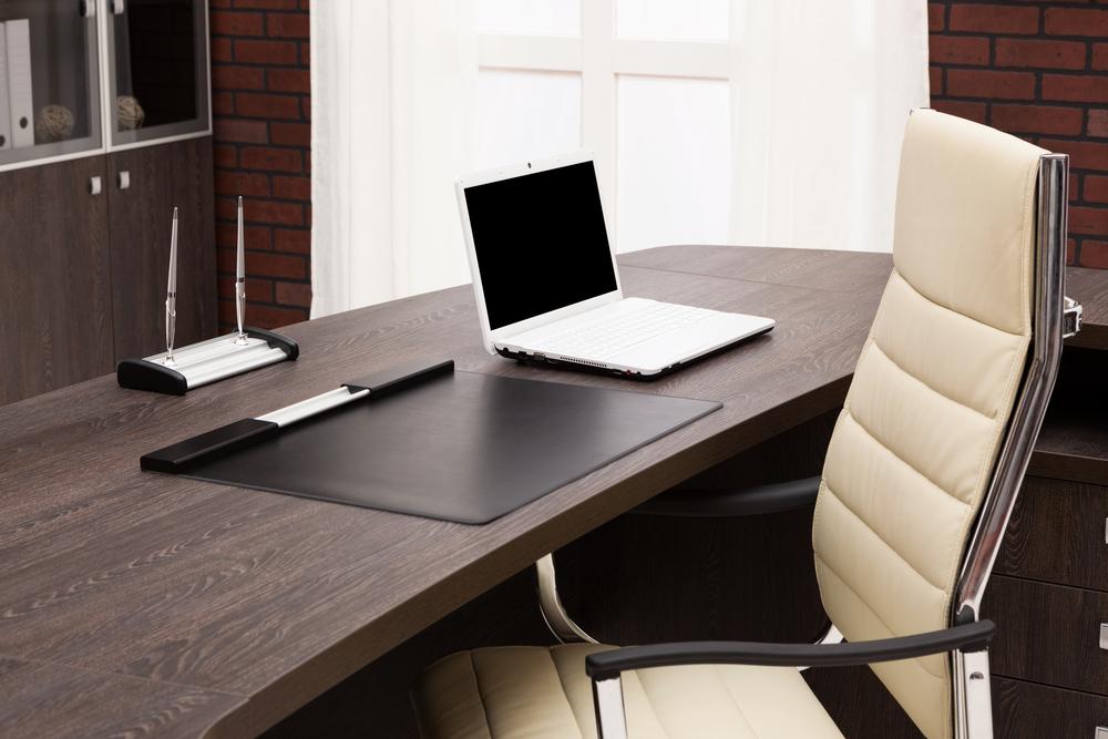 Despacho cl sico con ladrillo visto fotos para que te - Despachos grandes ...