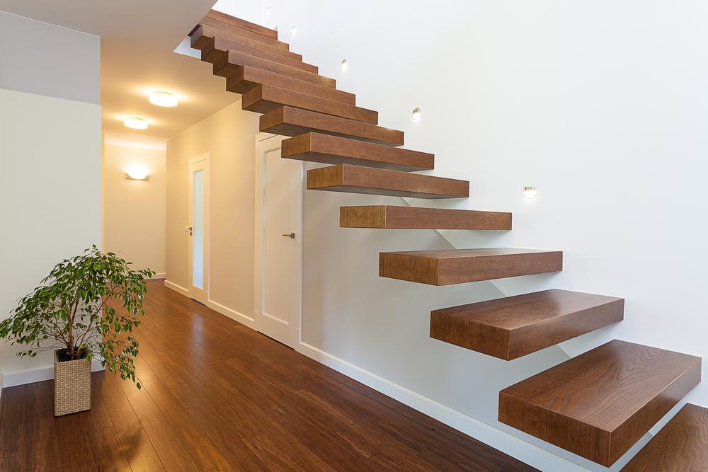 escalera flotante de madera