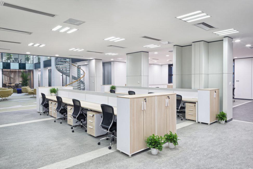 Oficina moderna con sof s en zona de recepci n fotos para for Recepcion oficina moderna